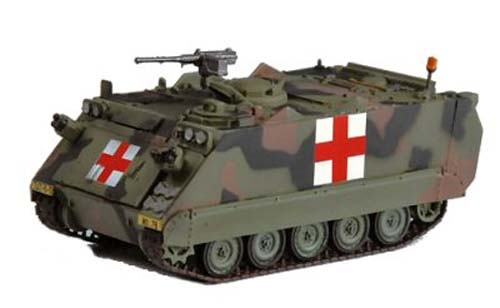 M113A1 US Army Red Cross (1:72)