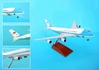 Air Force One VC25 (1:200) W/Gear & Wood Stand