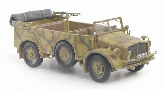 Heavy Uniform Personnel Vehicle Type 40 Eastern Front 1943 (1:72)