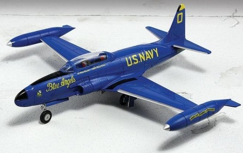 "TV-2 Shooting Star U.S. Navy ""Blue Angels,"" 1955 (1:72)"
