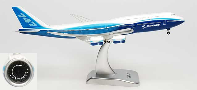 Boeing House 747-8 w/stand (1:400)
