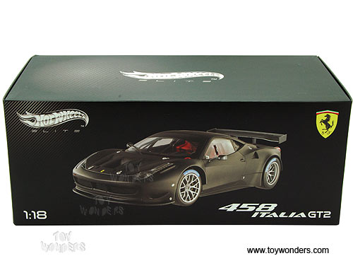 Ferrari 458 Italia GT2 Hard Top (1/18 scale diecast model car, Matt Black)