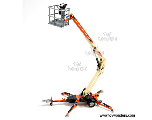 Trailer Mounted Boom Lift (1:32, Orange/ Yellow)
