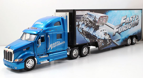 Fast and Furious - Peterbilt Model 387 Long Hauler -Scale is approximate (1:32)