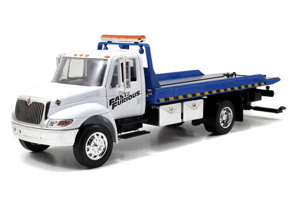 Fast and Furious - International Durastar 4400 Flatbed Tow Truck  (1:24)