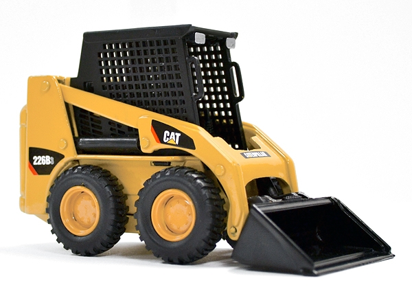 Caterpillar 226B3 Skid Steer Loader (1:32)