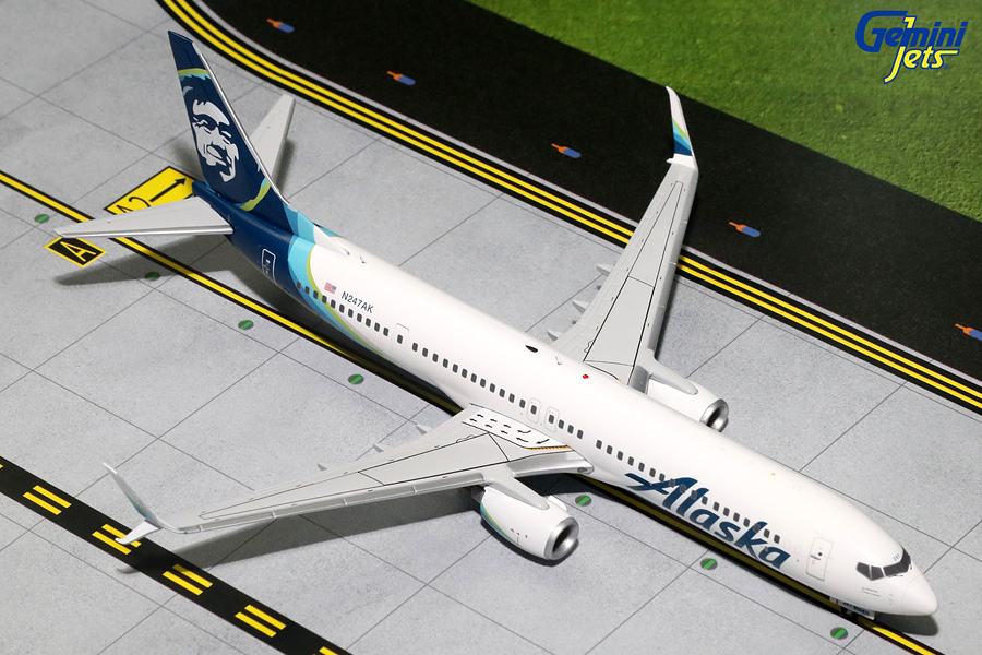 Alaska Airlines B737-900ER with Sharklets, New Livery N247AK (1:200) - Preorder item, order now for future delivery