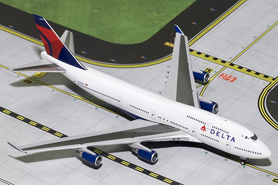 Delta B747-400 Final Flight N662US (1:400) - Preorder item, Order now for future delivery