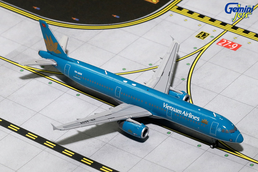 Vietnam Airlines A321-200 Old Livery VN-A608 (1:400) - Preorder item, order now for future delivery