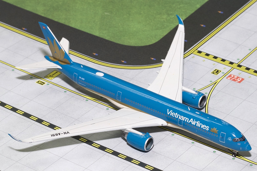 Vietnam Airlines A350-900 VN-A891 (1:400) - Preorder item, Order now for future delivery