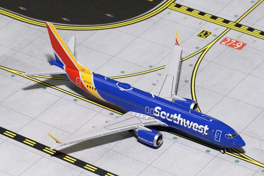 Southwest Airlines B737 MAX8 N8705Q (1:400) - Preorder item, Order now for future delivery