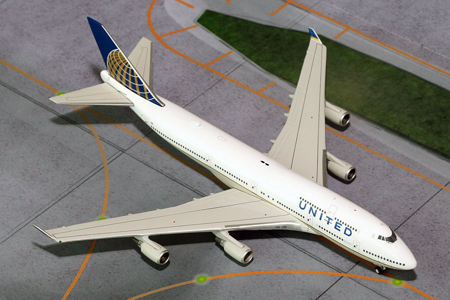United 747-400 Merger Colors N178UA (1:400)