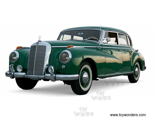 Mercedes Benz 300 Hard Top (1955, 1/18 scale diecast model car, Green)