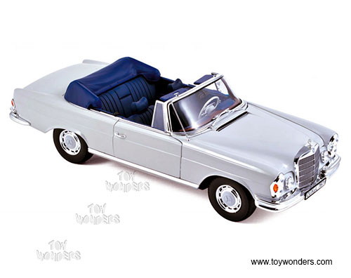 Mercedes Benz 280 Convertible (1968, 1/18 scale diecast model car, Light Grey)