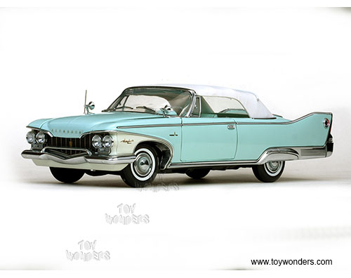 Plymouth Fury Closed Convertible (1960, 1/18 scale diecast model car, White/Aqua Mist)
