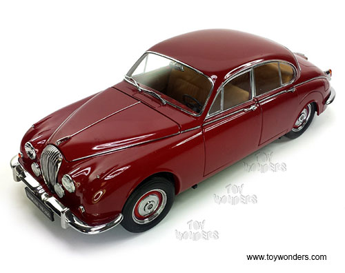 Daimler V8 - 250 Hard Top (1967, 1/18 scale diecast model car, Regency Maroon)