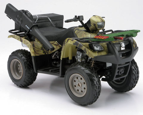 Suzuki Vinson Auto 500 4X4 ATV in Camo (Deer Hunting version) (1:12)