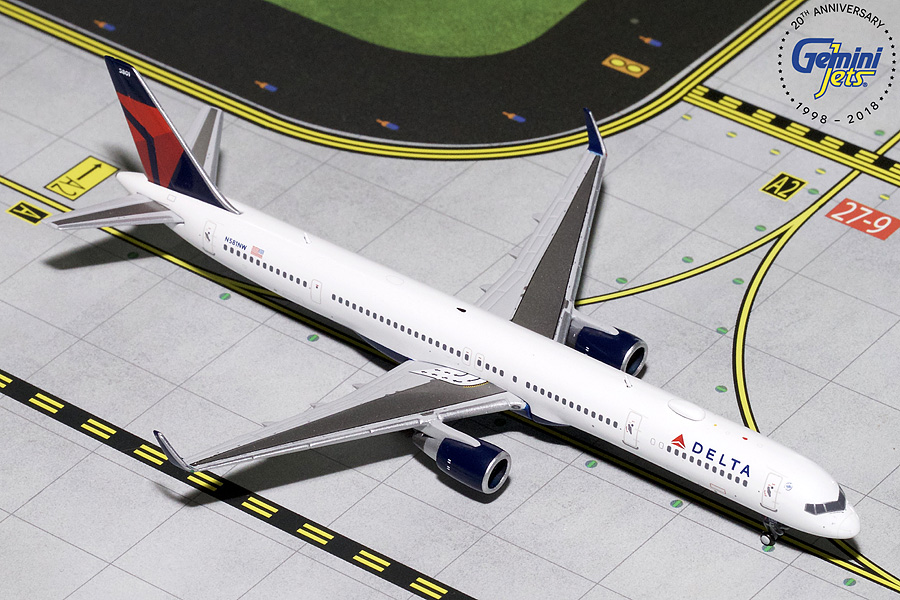 Delta B757-300 Winglets N581NW (1:400) - Preorder item, order now for future delivery