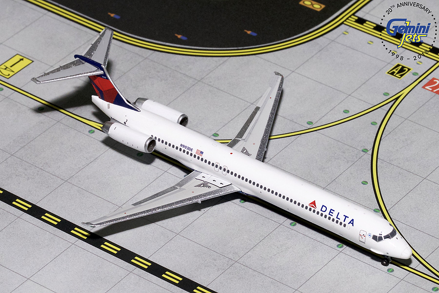 Delta MD-88 N903DE (1:400) - Preorder item, order now for future delivery