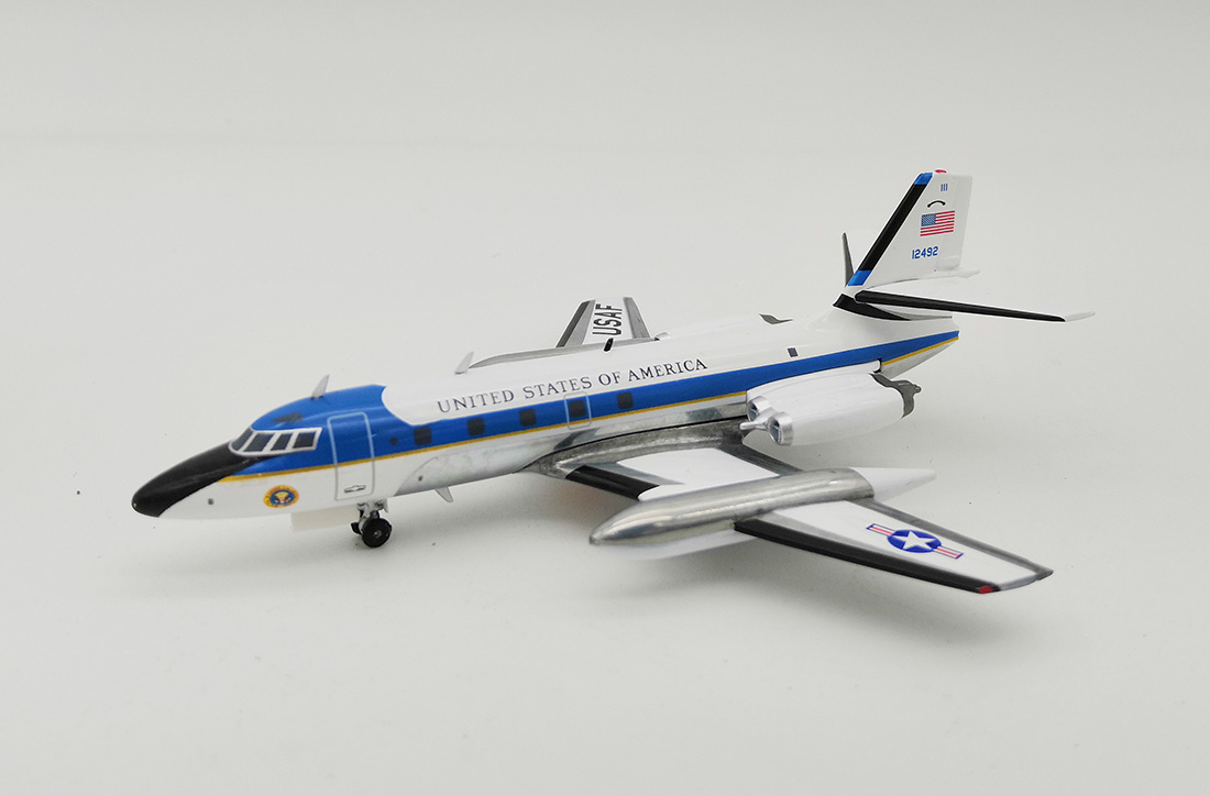 USAF Lockheed VC-140B JetStar (L-1329) 61-2492 (1:200) by InFlight 200 Scale Diecast Airliners Item Number: IF140USA0119P
